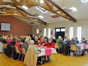Une cinquantaine de convives à la salle des fêtes