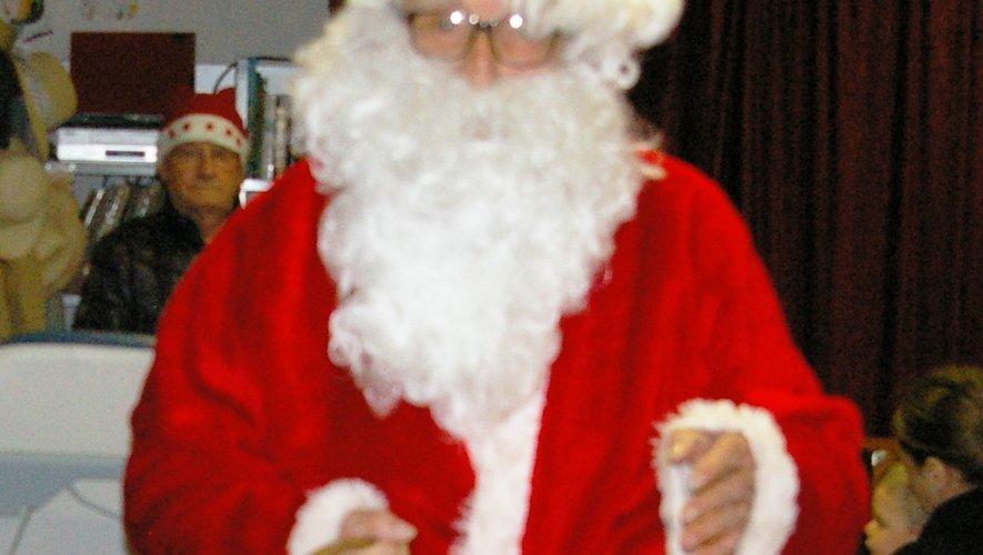 Le Père Noël fera une apparition.