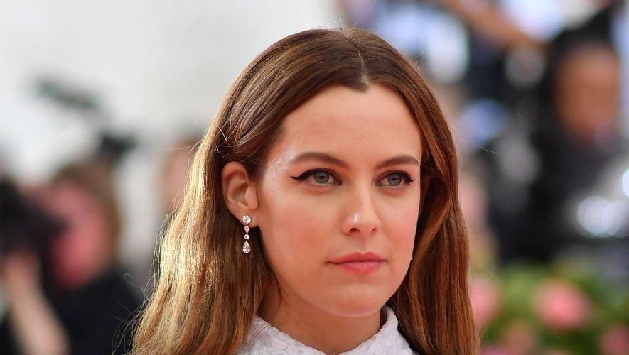 """Riley Keough donnera la réplique à Robert Pattinson et Tom Holland dans le thiller """"The Devil All the Time"""", prévu pour 2020 au cinéma."""