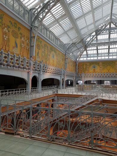 L'intérieur du grand magasin de La Samaritaine avant sa réouverture en avril 2020