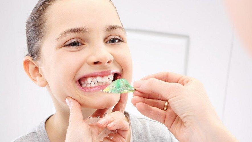 Enfant : quand consulter un orthodontiste ?