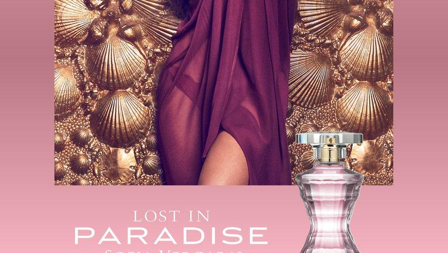 """Sofia Vergara a lancé son nouveau parfum """"Lost in Paradise"""""""