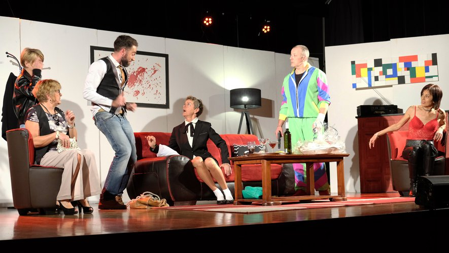 La troupe « Stichomythie  & Compagnies » a conquis le public de la Doline dans son spectacle « plutôt crever ».