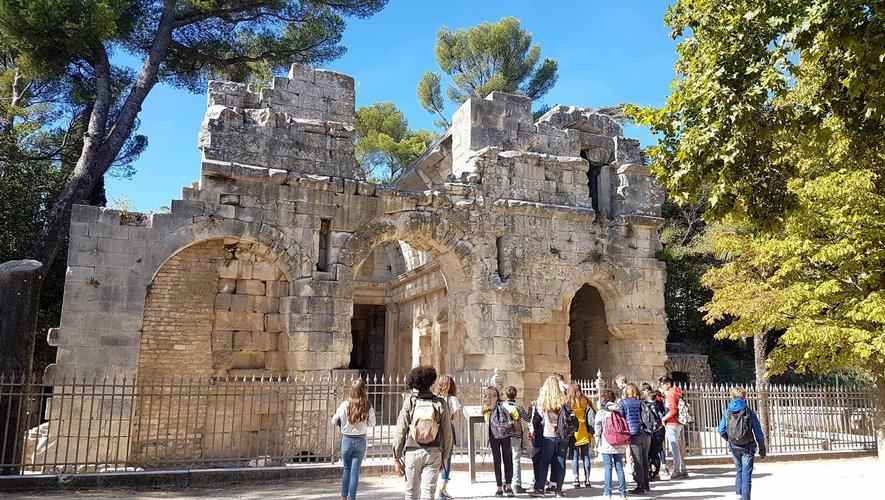 Découverte de la Provence romaine par des élèves du Collège Denys Puech