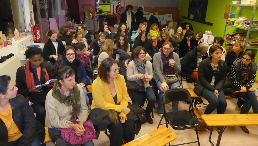 Les nombreuses participantes à cette conférence.