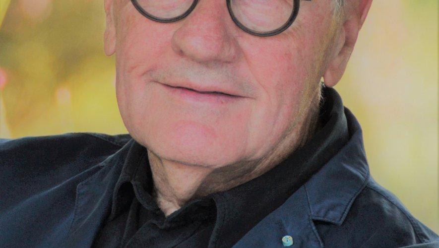 L'auteur Roger Lajoie-Mazenc sera présent au salon de généalogie.
