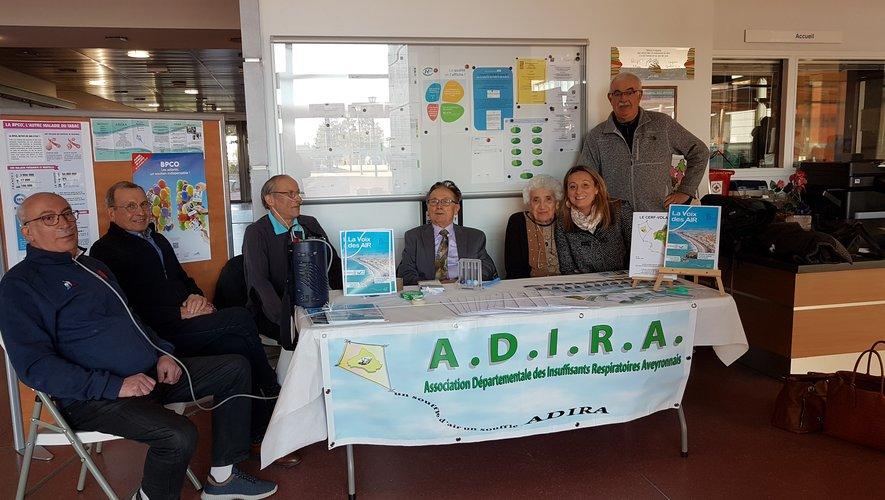 Le stand de sensibilisation de l'Adira lors de la journée de lutte contre la BPCO.
