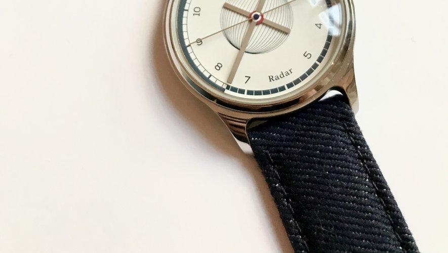 Les marques Routine et 1083 présentent un premier bracelet de montre fabriqué en chutes de denim.