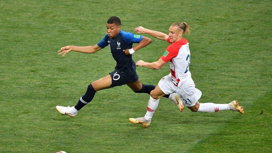 Les groupes M6 et TF1 ont annoncé mercredi avoir acquis auprès de l'UEFA les droits de retransmission en France de l'Euro-2020 de football