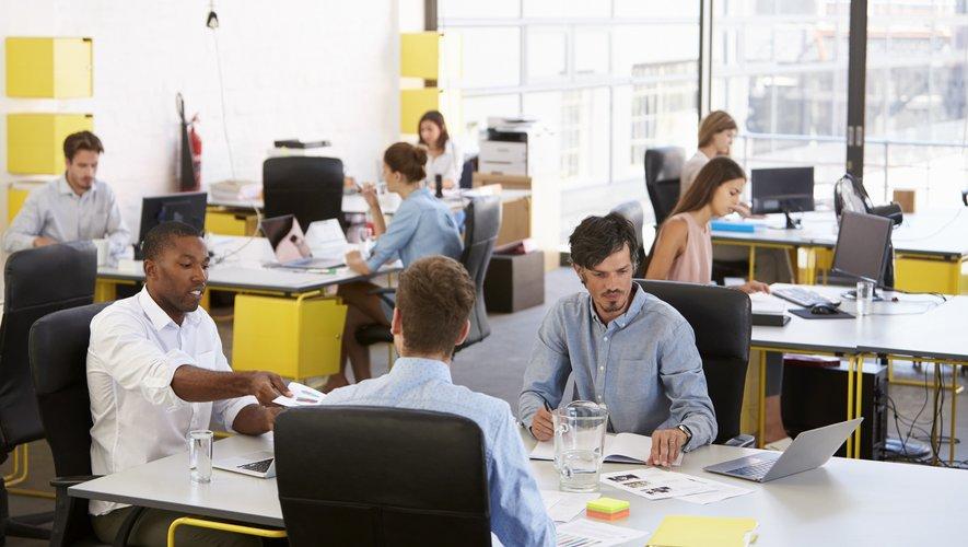Près d'un salarié sur deux (44%) s'est vu prescrire au moins un arrêt de travail au cours des douze derniers mois.