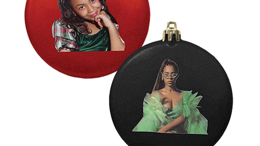 Beyoncé sort des boules de Noël à son effigie
