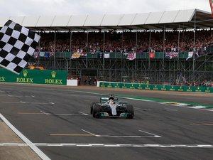 La Formule 1 s'apprête à lancer sa première collection de parfums.