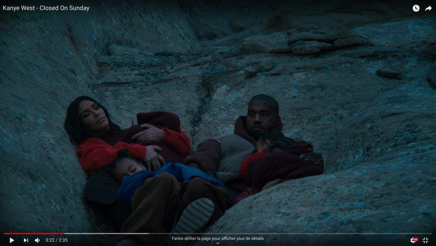 """Kanye West dans son dernier clip """"Closed On Sunday""""."""