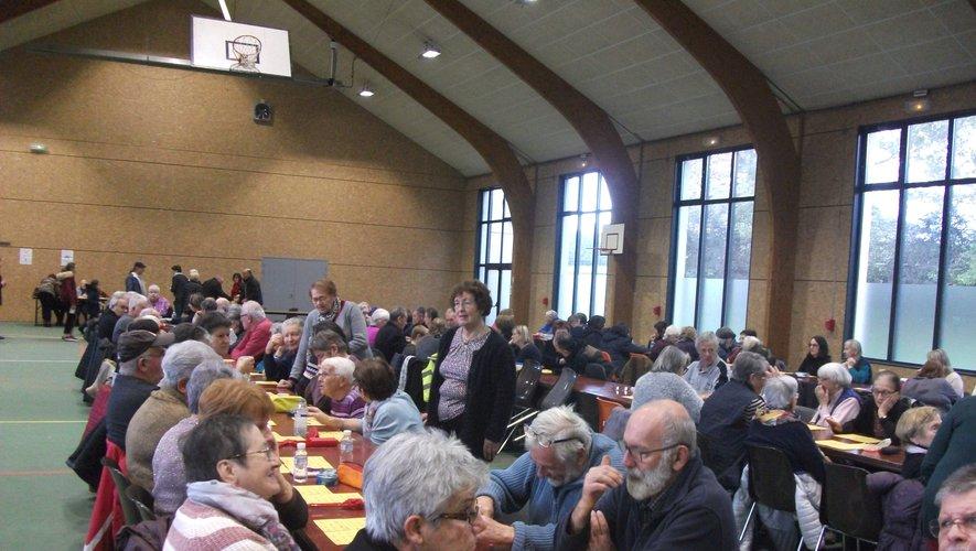 Une salle bien remplie au quine des Amis du clocher de Saint-Amans