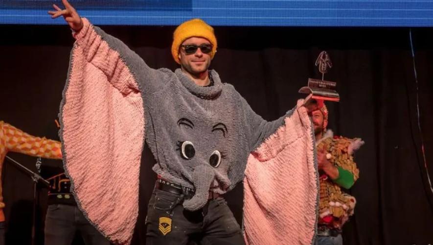 """Le pull """"Dumbo"""" du Ruthénois, Tristan Bares, est le plus moche du monde !"""