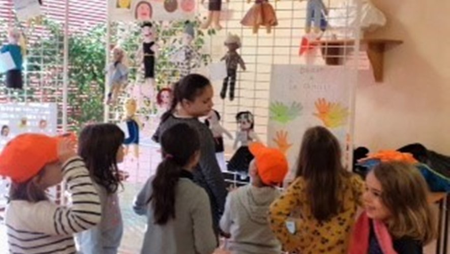 Une grande fête pour un sujet sérieux : Les droits des enfants