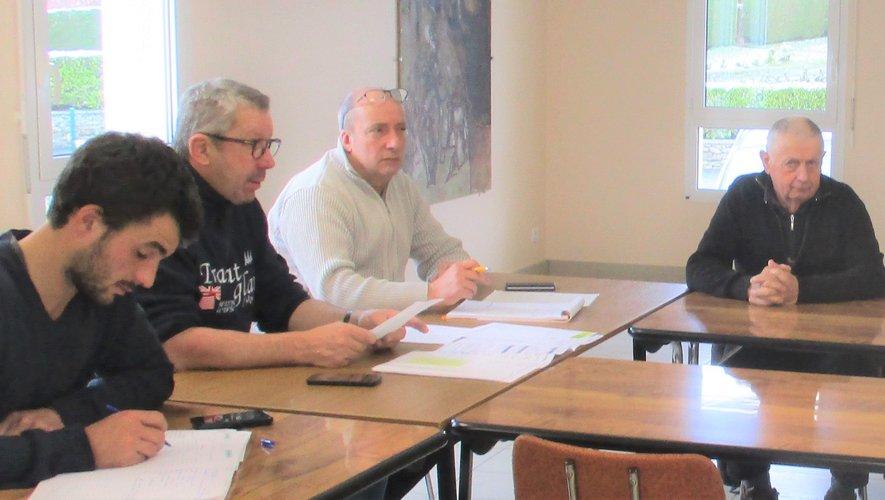 En présence du maire Jean-Marie Daures, il a été décidé de reconduire les deux projets phares du village.