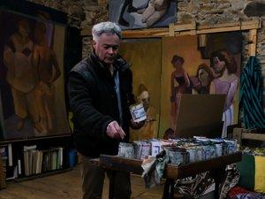 Patrick Noppe dans son atelier.