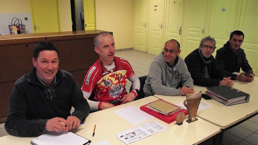 Fabrice Decouty (en tenue)a été réélu président du club.