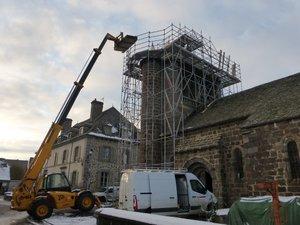 Le clocher sera bientôt libéré de ses échafaudages.