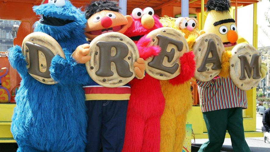 """Les marionnettes de """"Sesame Street"""" fêtent leur demi-siècle."""
