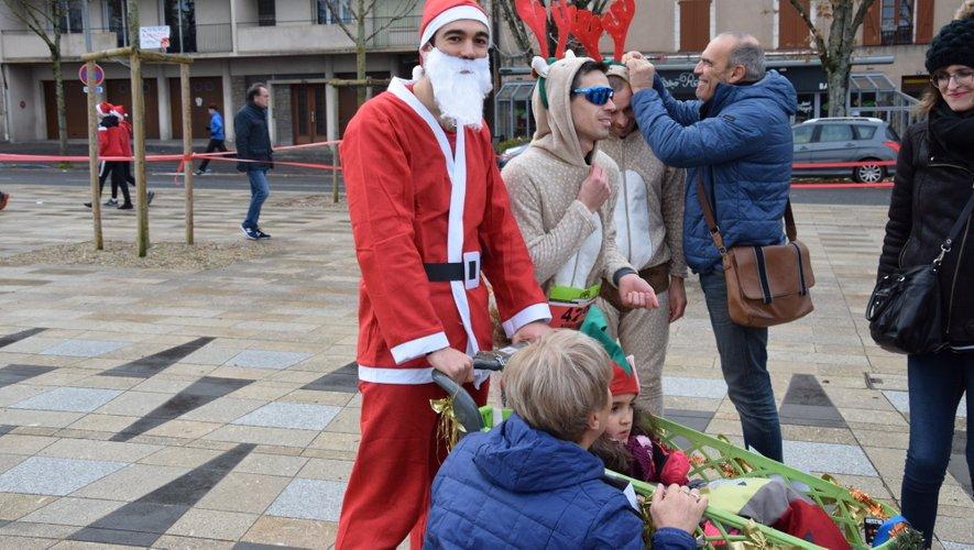 Ronde de Noël oblige, certains ont opté pour l'équipement de circonstance.