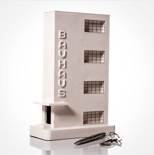 La réplique du Bauhaus Dessau est fidèle au campus du Bauhaus, conçu par le fondateur de l'école Walter Gropius.