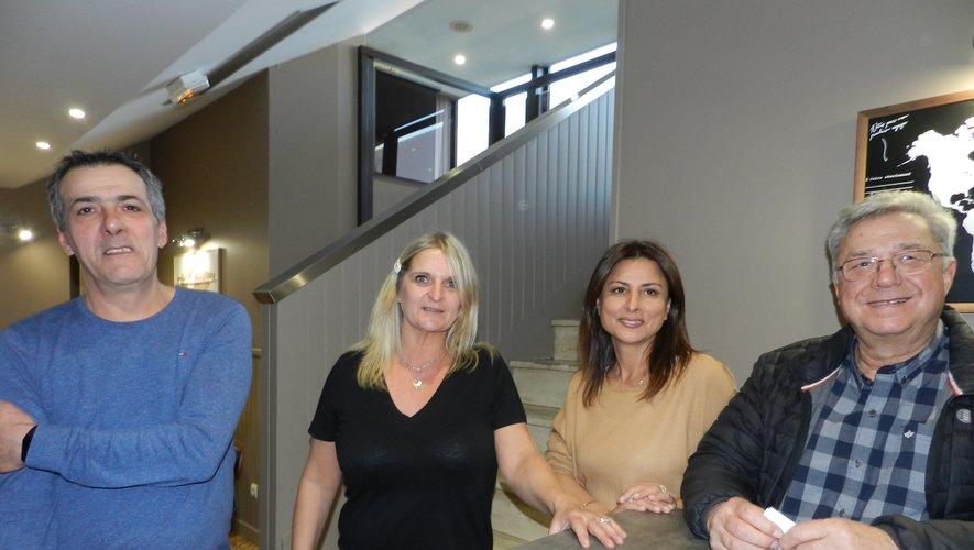 De gauche à droite : Aldo Botelho, Sylvie Lienard, Zoubida et Bernard Vernhes.