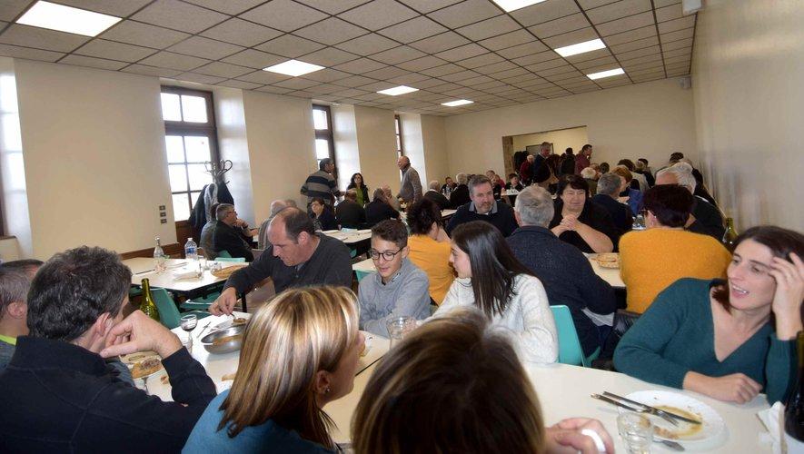 """De nombreux """"fidèles"""" au déjeuner aux tripous au profit du Téléthon"""