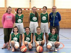 L'équipe féminine des U13.