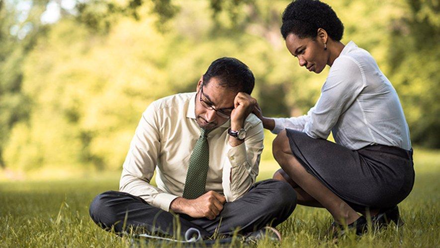 L'étude montre que les maladies et les blessures physiques augmentent le risque de suicide chez les hommes, mais pas chez les femmes.