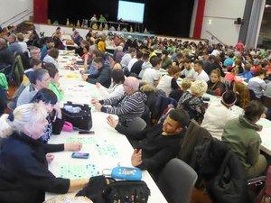 Près de 400 amateurs de loto avaient pris place dans la salle d'animation de Luc.