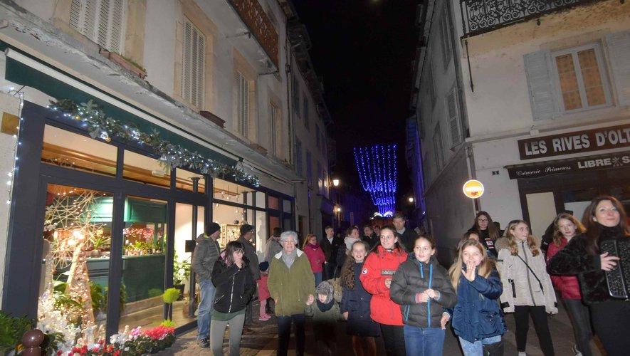Lancement des illuminations de la ville.