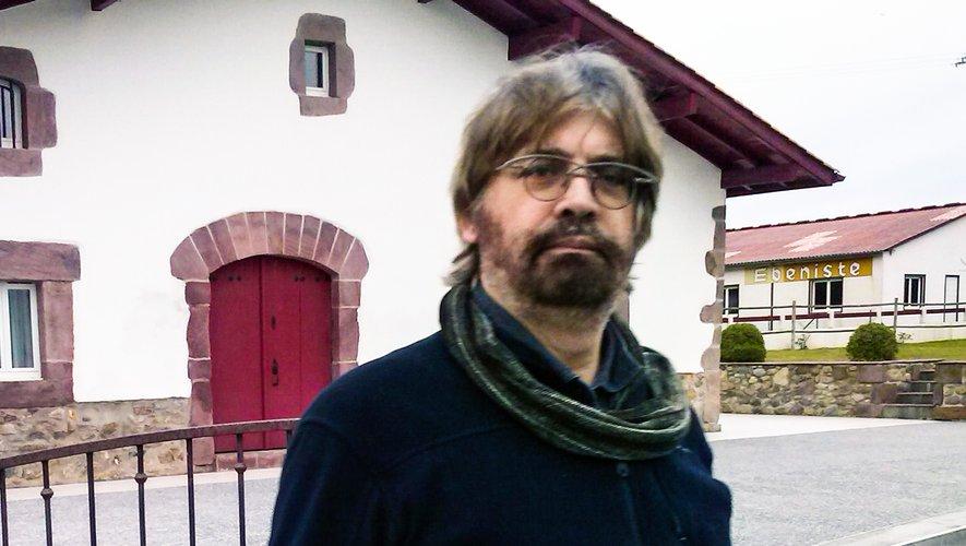 Paul Tojean dédicacera dimanche matin son livre « Le visage de l'amour au cristal des rêves ».