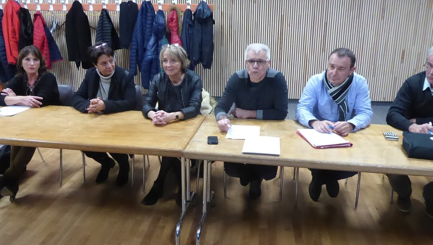 Les membres du bureau  et les élus autour du président Franck Pinot.