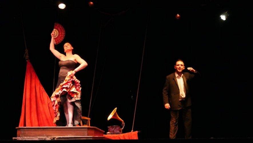Memoria Andando recommande cette compagnie aux autres associations culturelles de l'Aveyron.