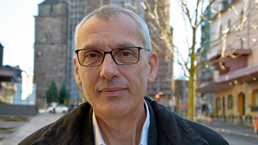 Serge Julien, conseiller municipal, présenterasa candidature aujourd'hui.