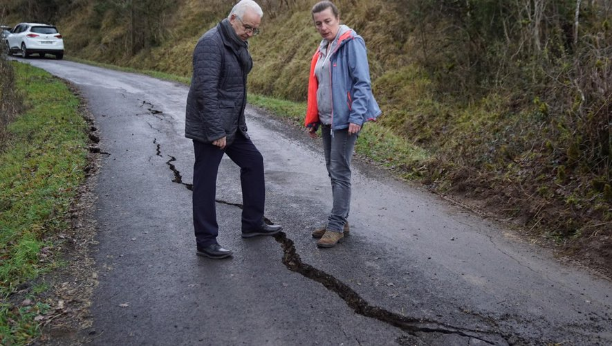 Le maire Jean-Luc Calmelly est venu constater les dégâts.