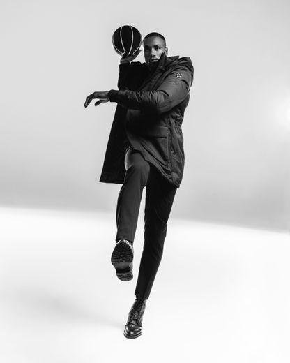 Serge Ibaka est le nouvel ambassadeur de la marque Nobis.