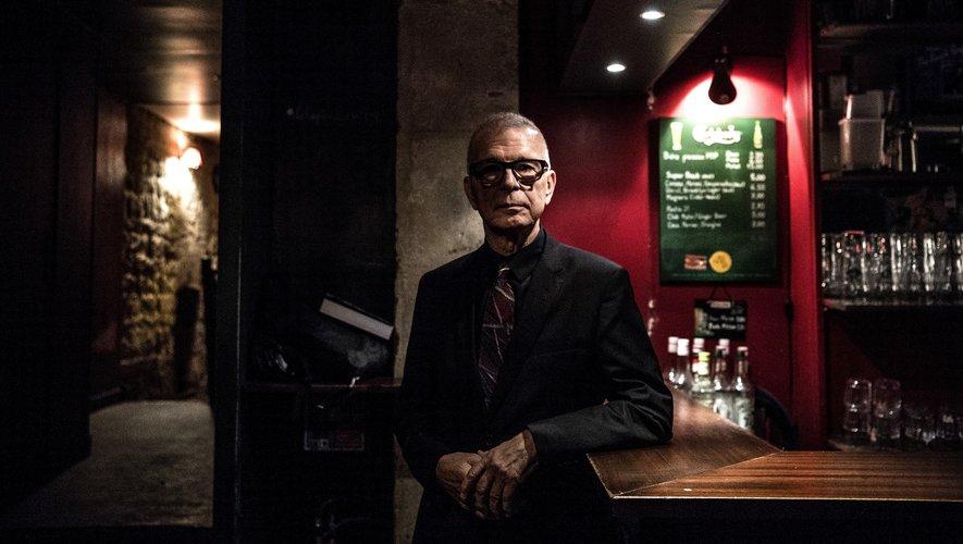"""Tony Visconti, producteur historique de David Bowie qui a travaillé sur le coffret du 50e anniversaire de """"Space Oddity"""""""