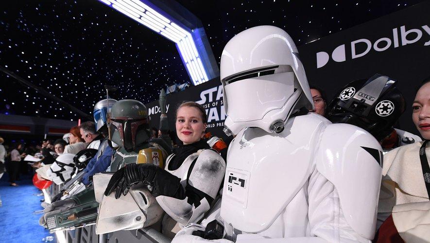 """""""Le Réveil de la force"""" reste, pour le moment, le plus gros succès de la saga """"Star Wars"""" avec 2,07 milliards de dollars de recettes mondiales"""