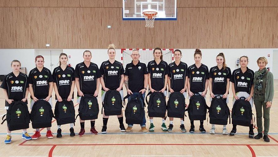L'équipe féminine seniors II avant le coup d'envoi contre Lavaur.