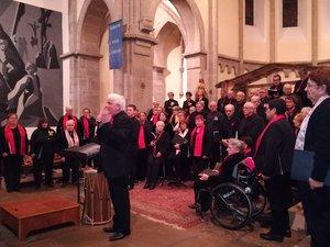 Gilles Montagnan travaille le même répertoire avec ses cinq chorales pour offrir des concerts communs très harmonieux.