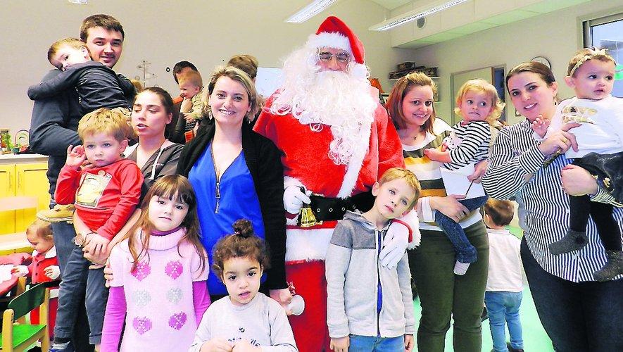 Le père Noël s'invite au Multi-accueil