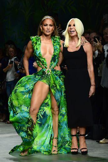 La maison Versace présentera sa collection Croisière 2021 aux Etats-Unis, le 16 mai 2020.