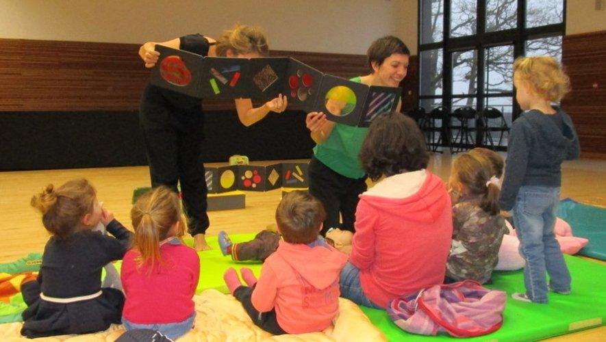 La lecture dansante, un moyen très apprécié des petits pour donner vie aux livres.