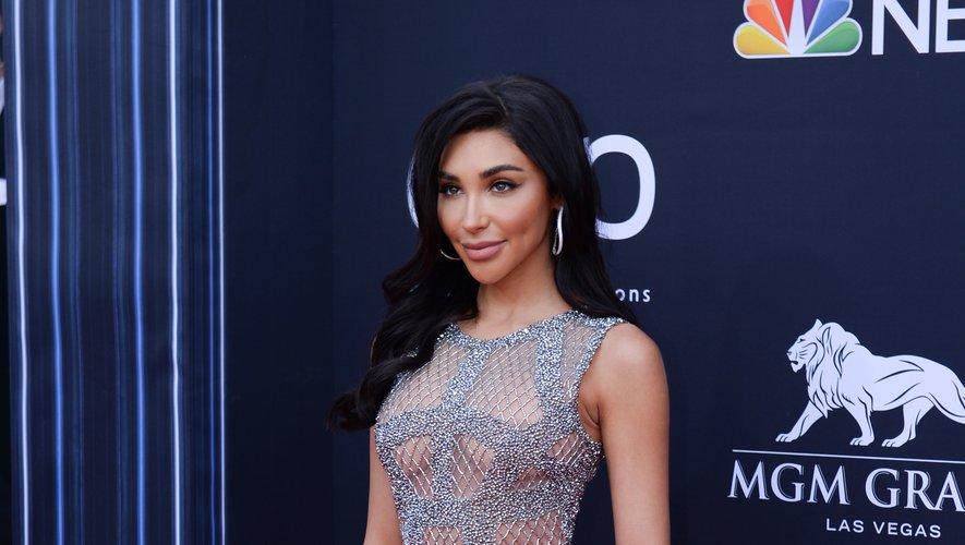 Aux Billboard Music Awards, Chantel Jeffries nous montre qu'on peut être sexy dans une combinaison en filet métallique argenté. Une création signée Yousef Al Jasmi. Las Vegas, le 1er mai 2019.