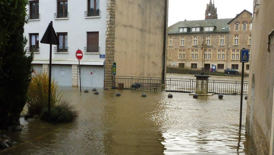 L'eau a envahi le quartier du Moulin depuis dimanche matin