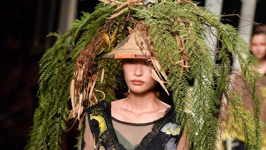 Le chapeau végétal d'Antonio Marras pour la saison printemps-été 2019. Milan, le 21 septembre 2018.