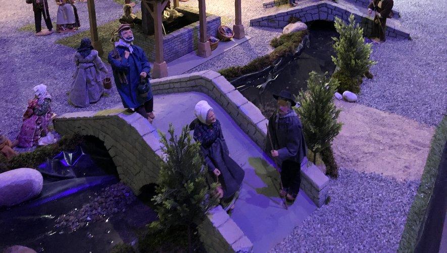 Le village aveyronnais à la chapelle Saint-Joseph, place des Pères.